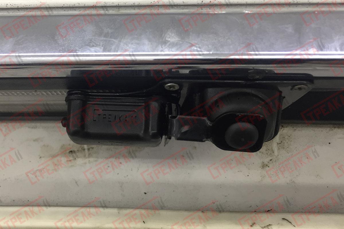Крышка камеры закрыта
